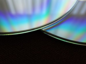 cd-437723_640 (1)