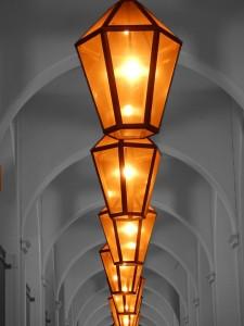 lanterns-111003_960_720