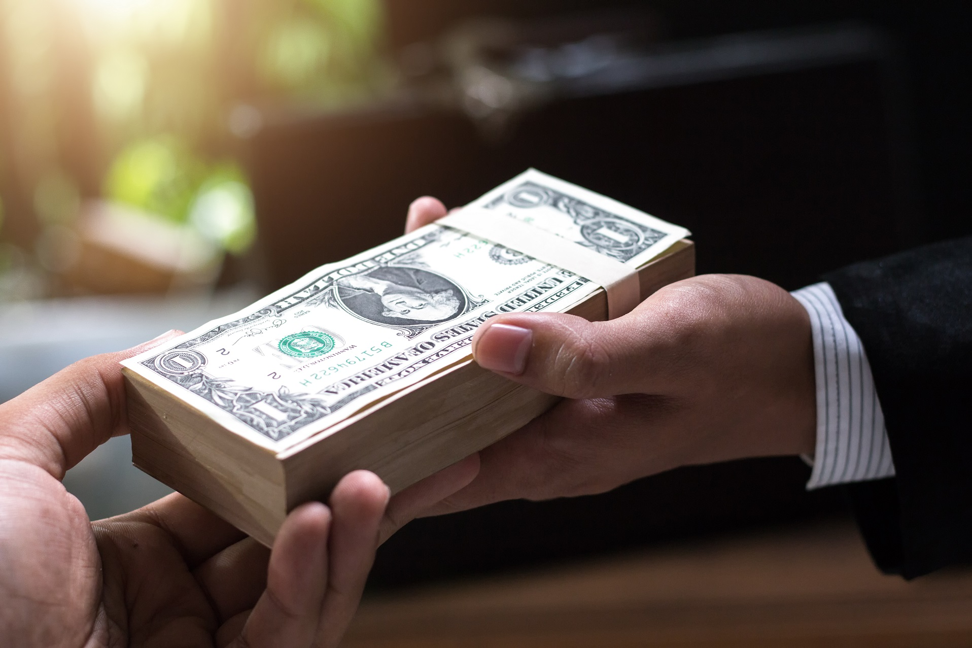 broker trader lawyer spy wie viel geld benötigt man zum forexhandel start?